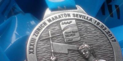 medalla maraton de Sevilla